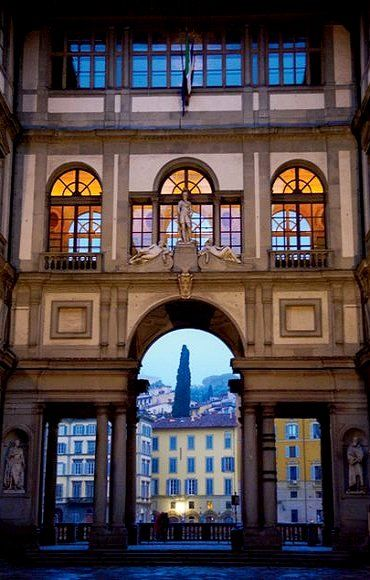 Galleria degli Uffizi ♦ Florence, Italy (Photograph by Sisse Brimberg and Cotton Coulson)