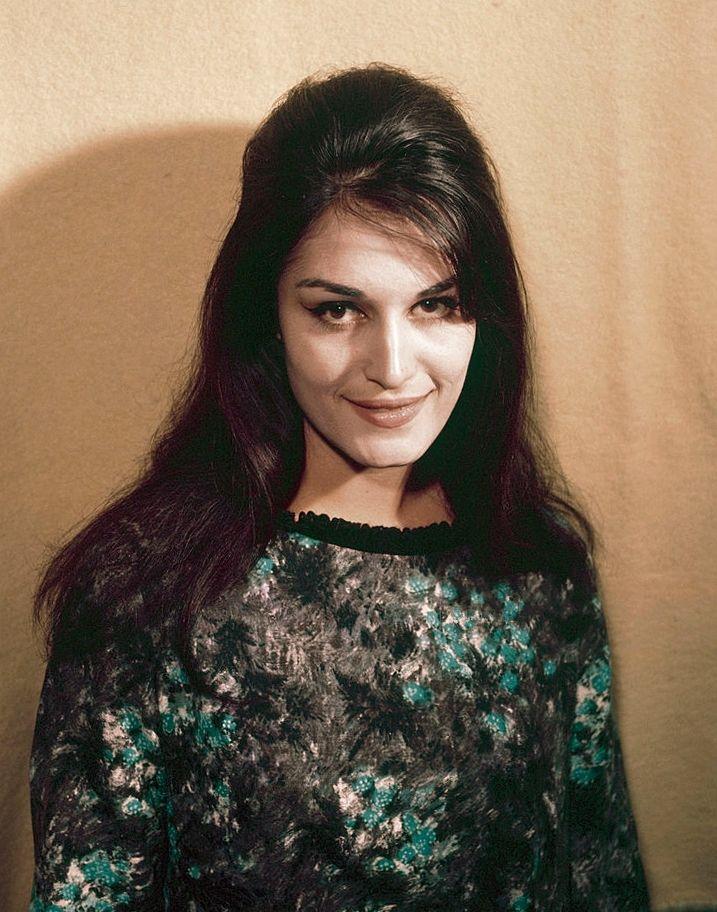 1103f951009ab8 T'aimer follement — Wikipédia | Dalida souvenirs numéro 1 | Dalida ...