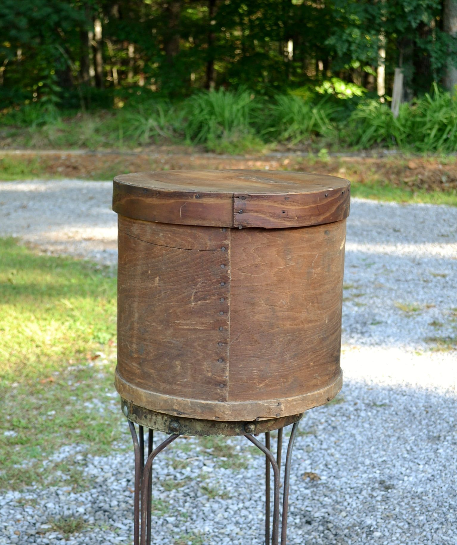 Vintage Wooden Hat Box Shaker Style Round Cheese Box Primitive