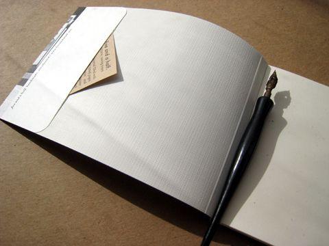 Panorama-style journal pocket