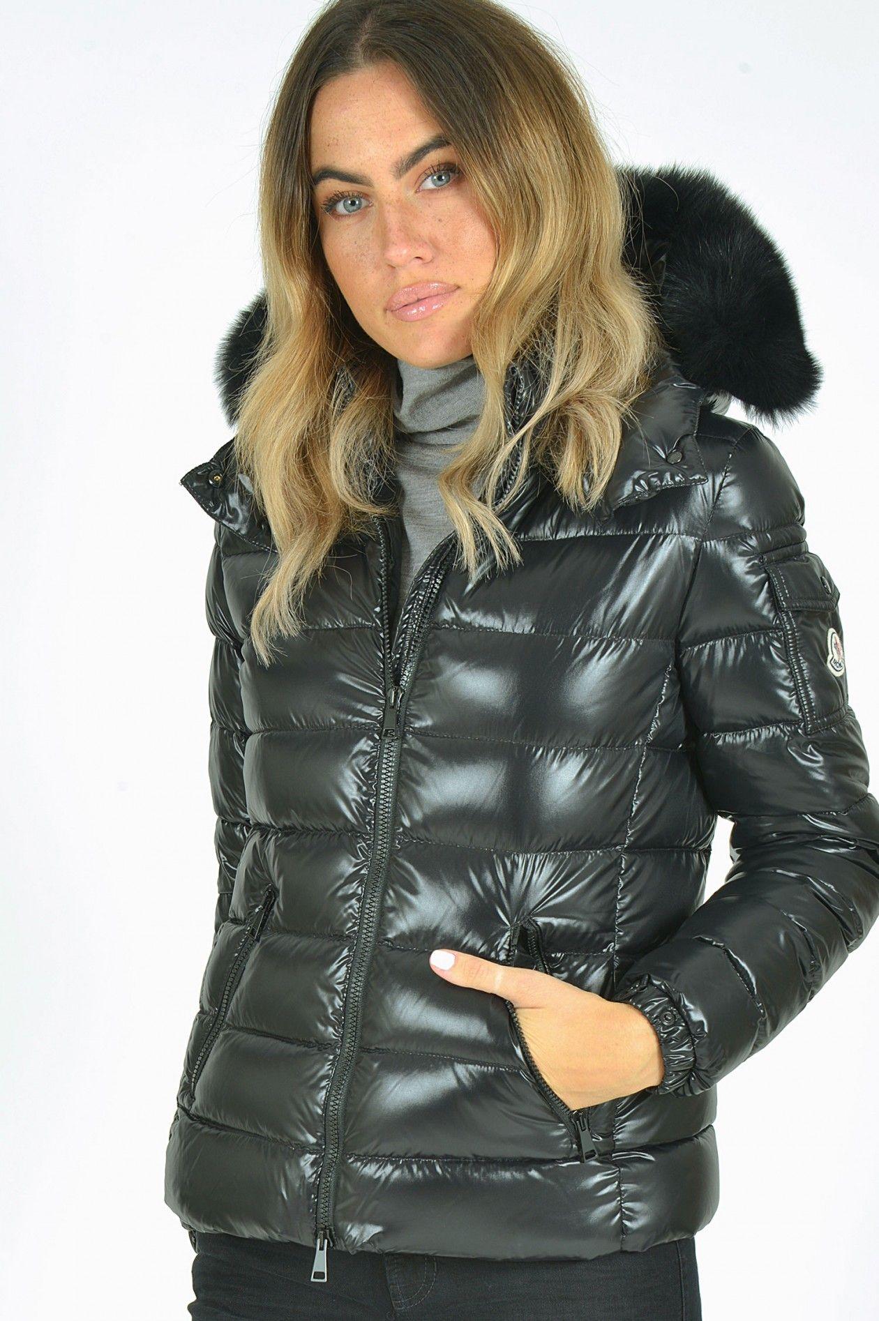 New Moncler women jacket size 3 or ML | Jacken, Daunen