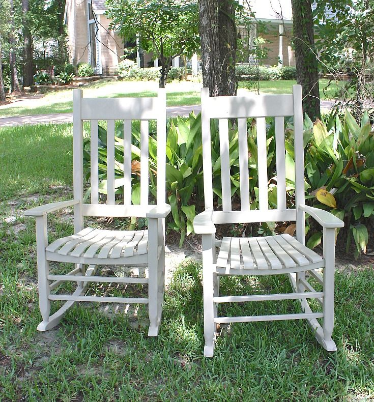 Tips For Painting Outdoor Furniture That Will Last For Years