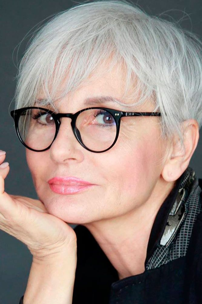 30 Easy Hairstyles For Women Over 50 Haircuts Hairstyles 2020 Grey Hair And Glasses Older Women Hairstyles Haircut For Older Women