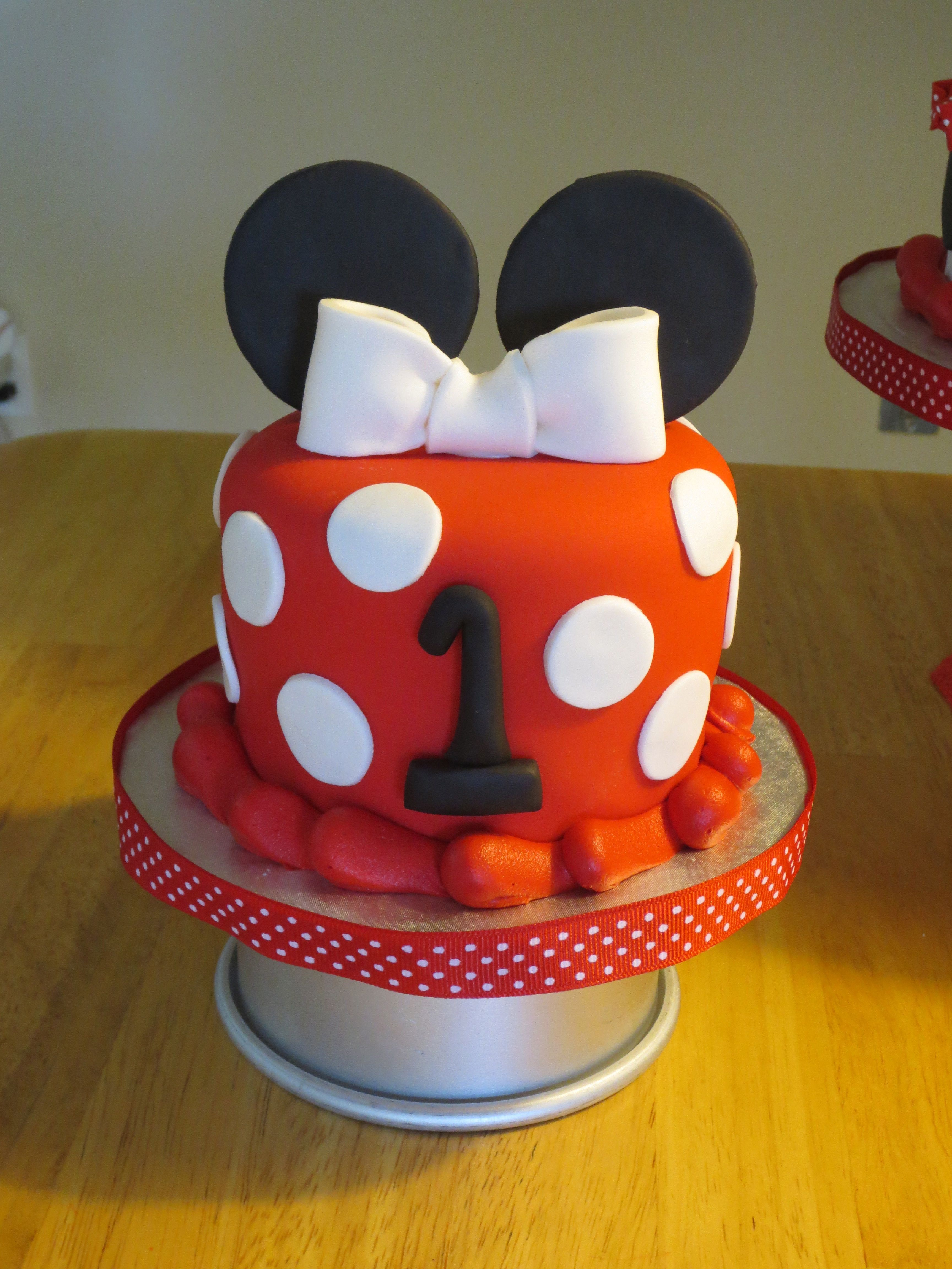 Minnie Mouse Cake And Smash Cake Whipped Frosting Smash Cakes - Easy fondant birthday cakes