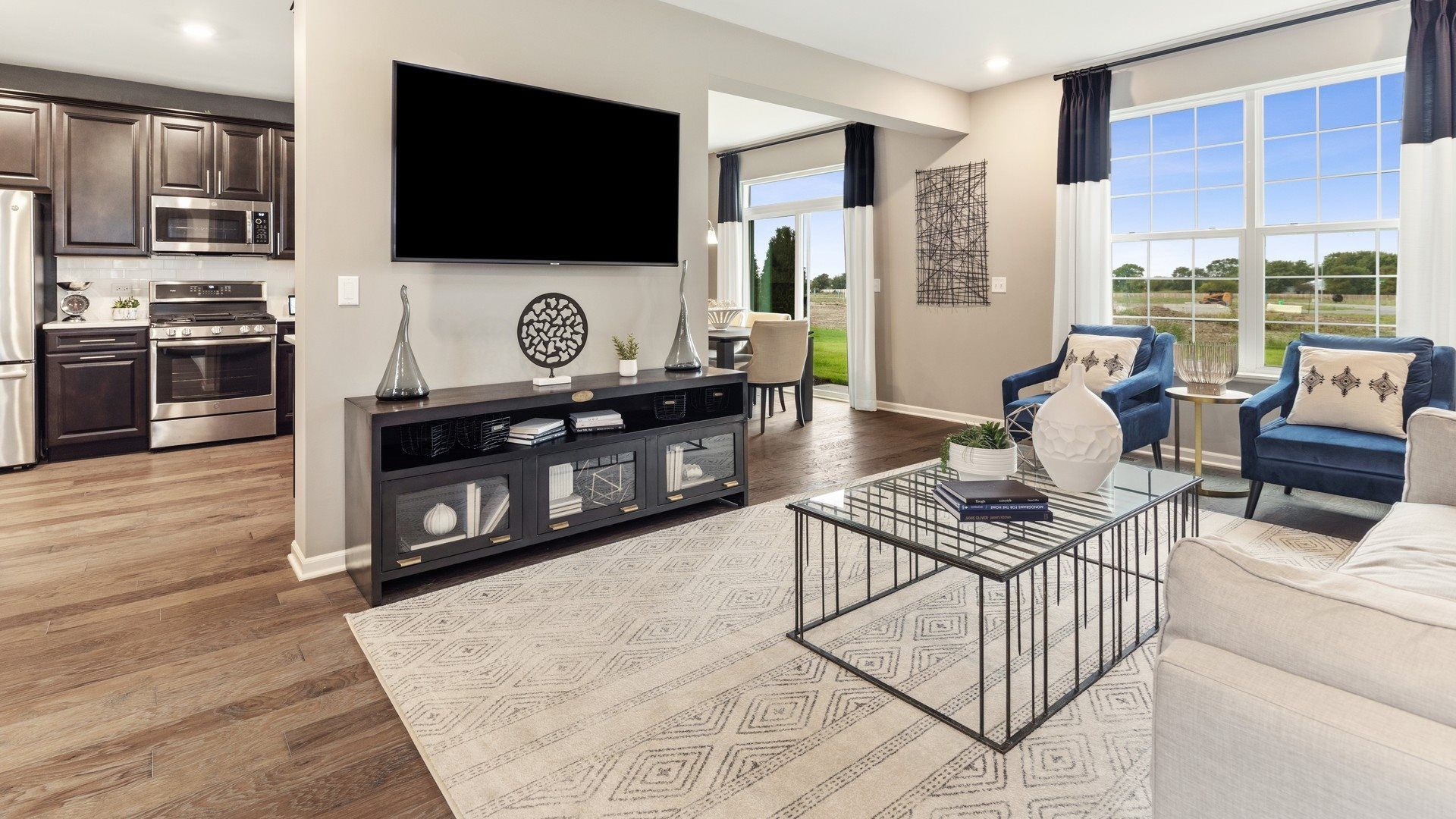 Raintree Village Townhomes by Lennar Homes 2125 Tremont