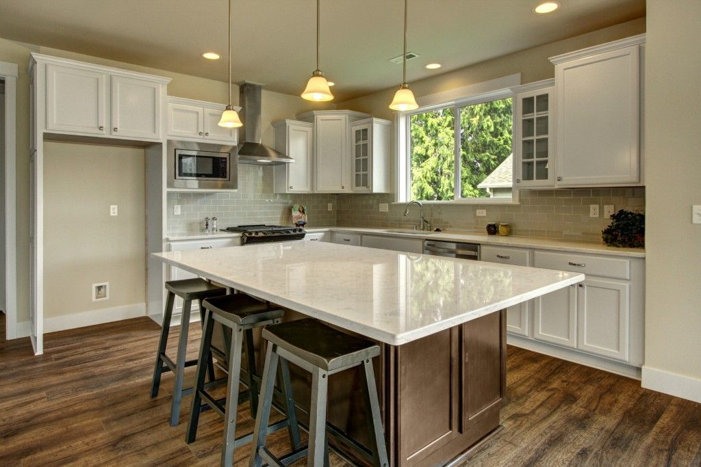 Find Your Home In Greater Seattle Area Quadrant Homes Kitchen Inspirations Home Bright Kitchens