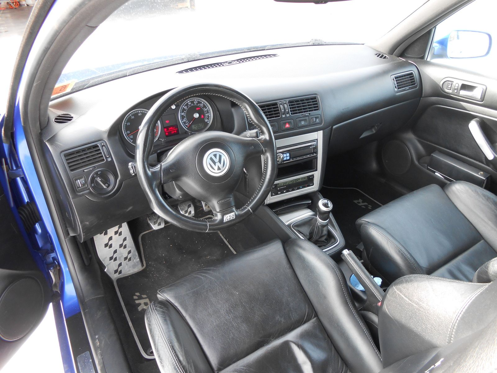 2004 Volkswagen R32 2 Dr AWD Hatchback Fantasy Car