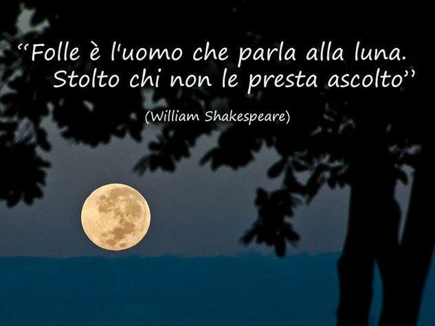 Frasi Sulla Luna Da Canzoni Film E D Amore Citazioni