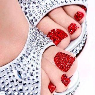 Beautiful Red Caviar toes!