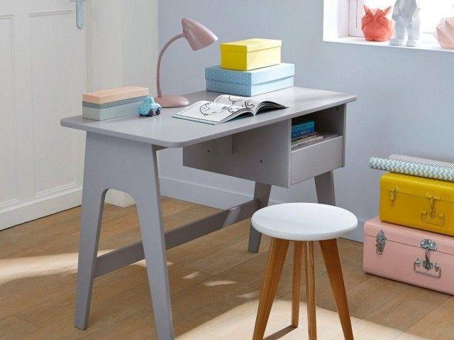 Cest lheure des devoirs Bureau enfant Deco bureau et Bureau