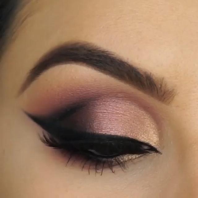 Photo of Make Eye Makeup Like a Pro!
