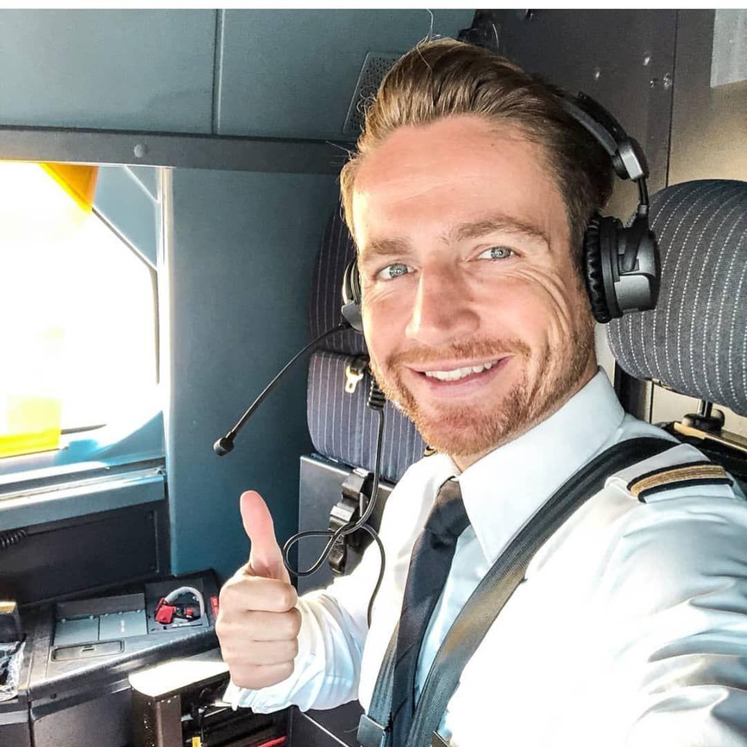 Dating om single pilot fete care cauta barbat din leova