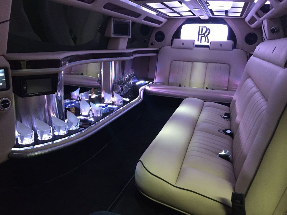 rolls royce interior 1000 750 cars pinterest limo rolls royce and royce. Black Bedroom Furniture Sets. Home Design Ideas