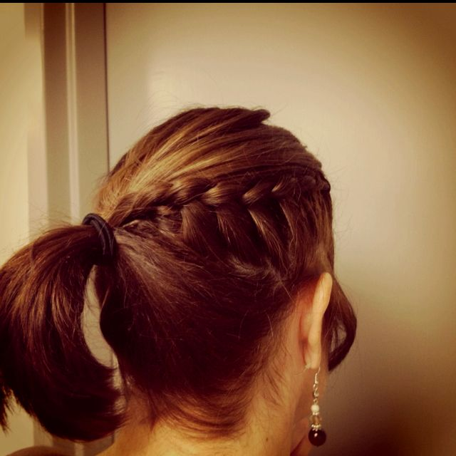 Easy Way To Do Your Hair ;)