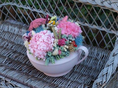 Centro de flores secas en una sopera antigua wwwfloresenelcolumpio - flores secas