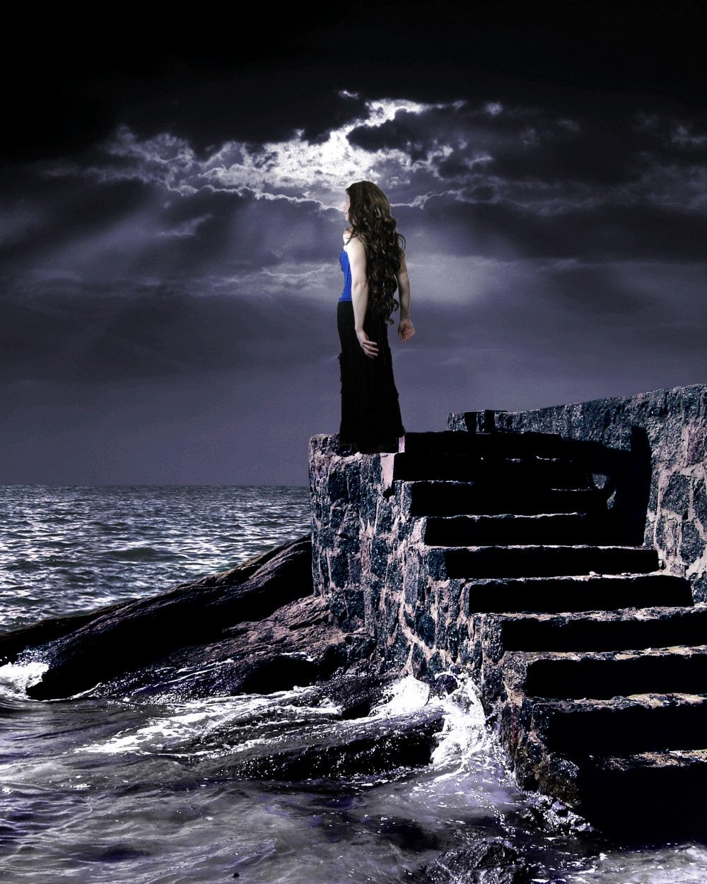 the angels in heaven above or the demons under the sea could break the beautiful annabel lee by her kingdom by the sea