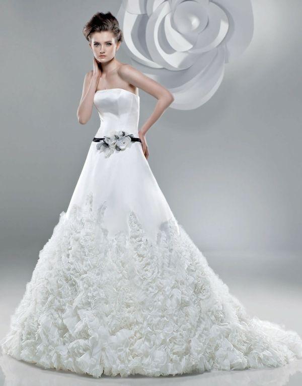 Hochzeitsfeiern mit traumhaften Brautkleidern!   Hochzeitsfeiern ...