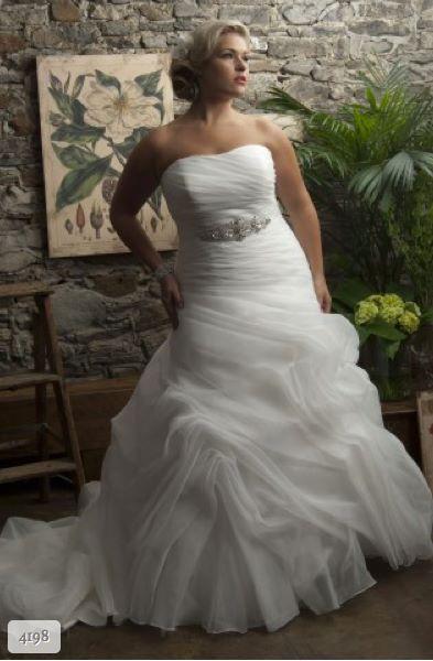 Emb fashion, Bruidsmode voor de volslanke bruid!! Vanaf maat