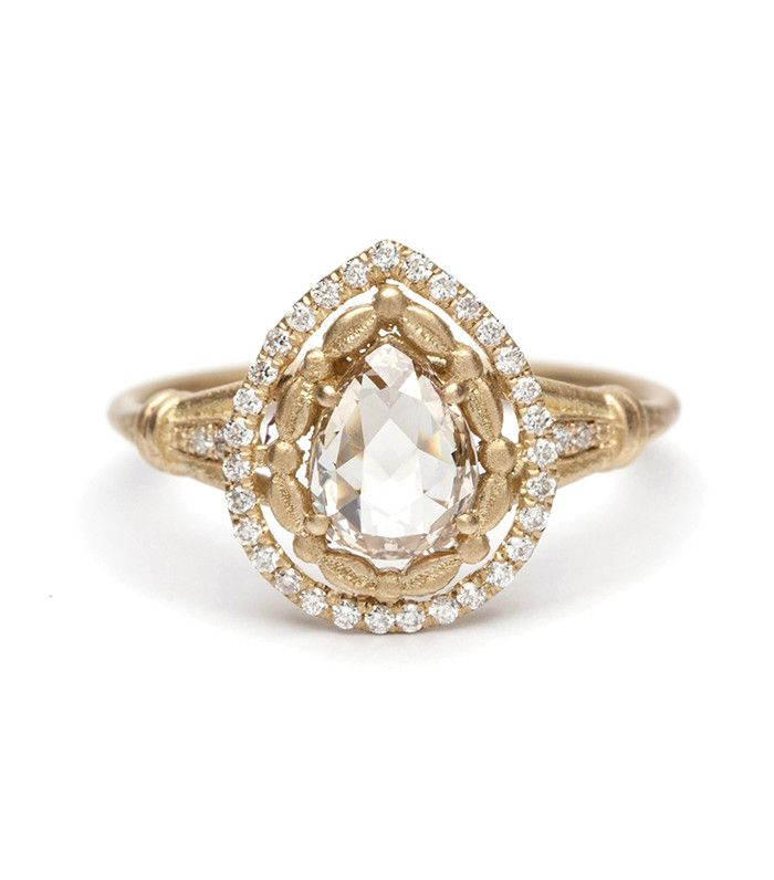 This is the engagement ring trend that will be huge in 2017, according to celebrity jeweler Jennie Kwon.