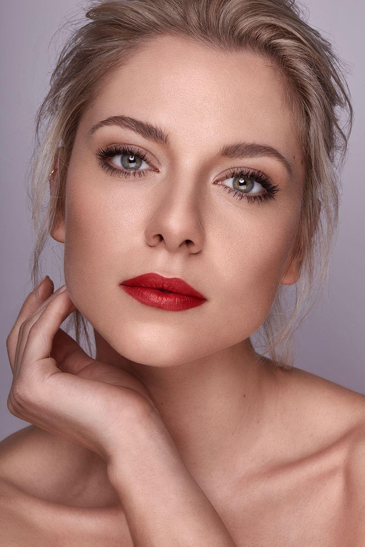 Valentina Pahde Photoshoot 2018 Https Ift Tt 2mlcydl Valentina Pahde Haare Und Beauty Frisur Hochgesteckt