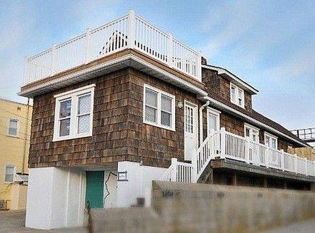 Enjoyable Jersey Shore House In Seaside Heights Nj O N E D A Y Interior Design Ideas Gentotryabchikinfo