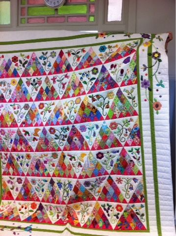 http://www.huntershillquilters.org/2016_01_01_archive.html