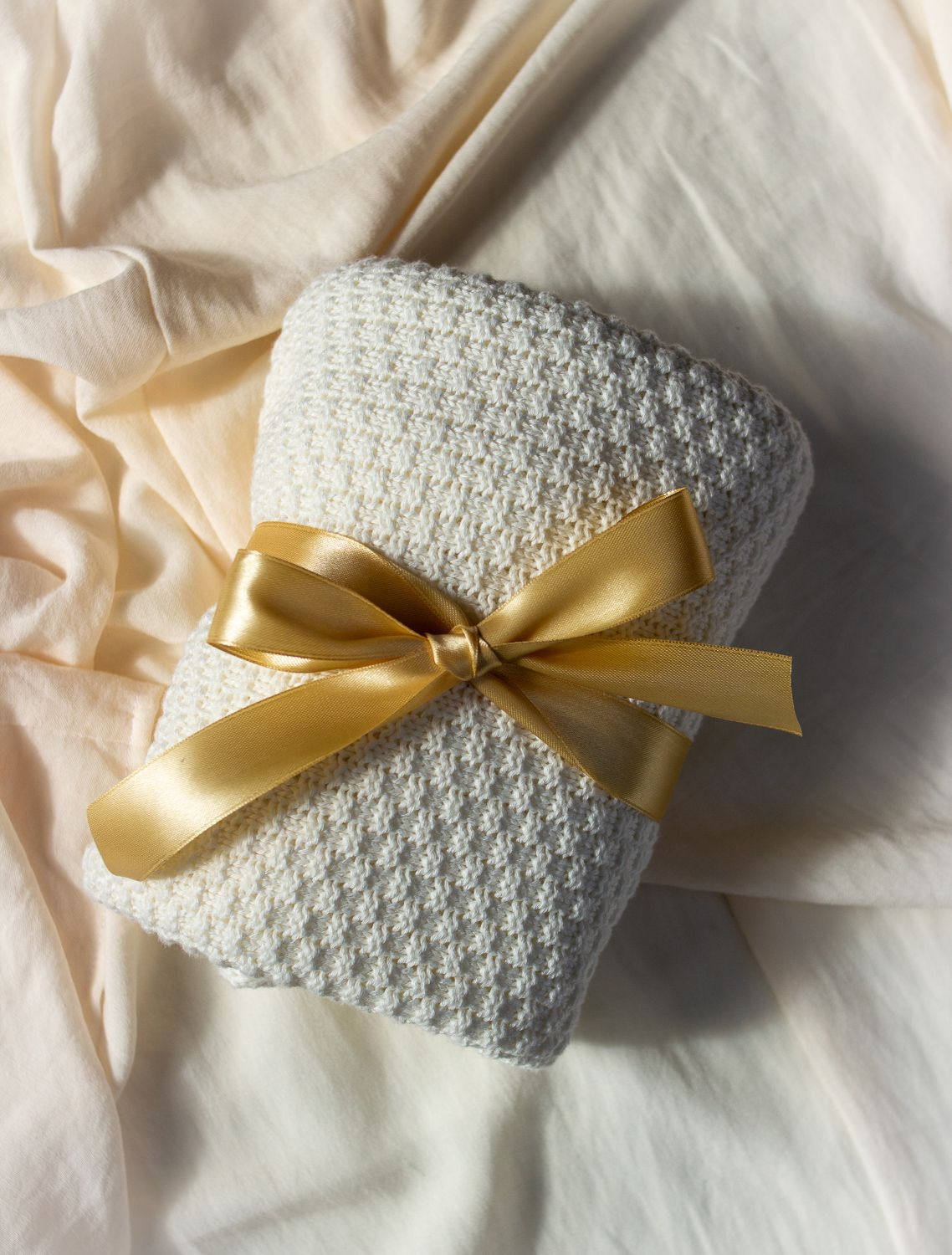 Soft Knit Inspiration Baby boy gift set, Bamboo swaddle