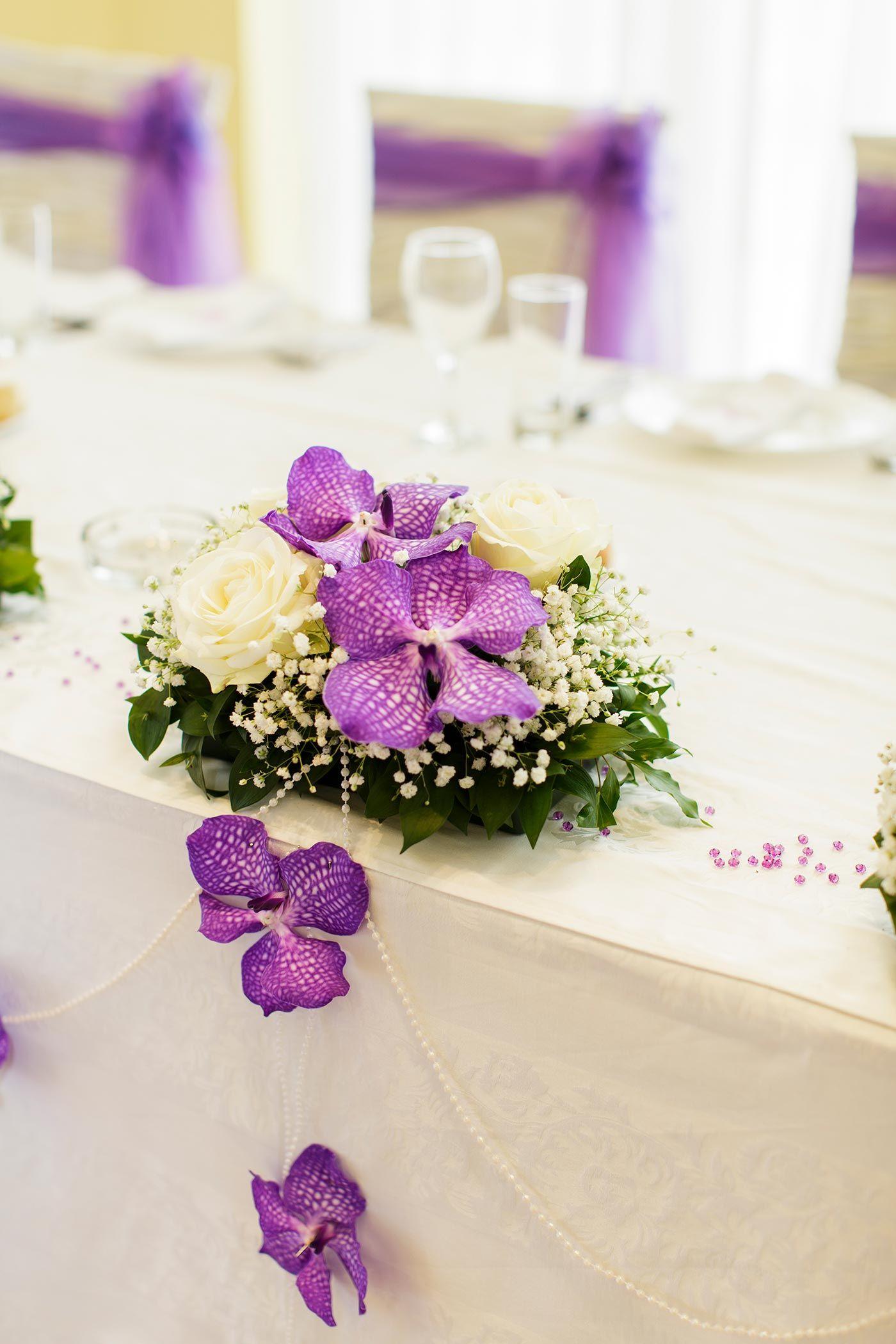 Tischdeko mit orchideen tischdekoration zur hochzeit pinterest blumengestecke hochzeit - Tischdeko orchideen hochzeit ...