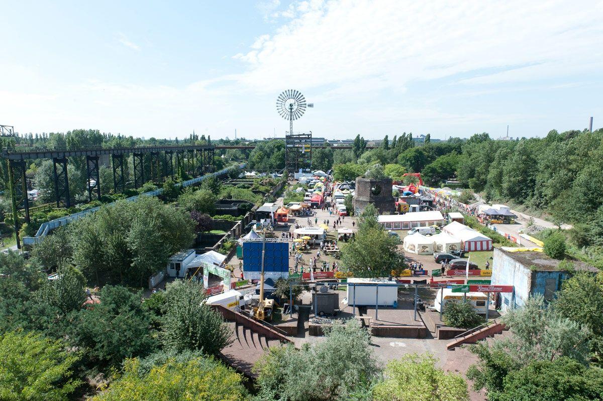 Duisburg Nord Landscape Park De Flexible Spaces For Events Landscape Public Architecture Landscape Architecture