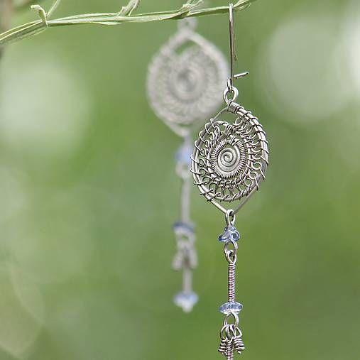 evapitrunova / Mandala s modrými sklíčky