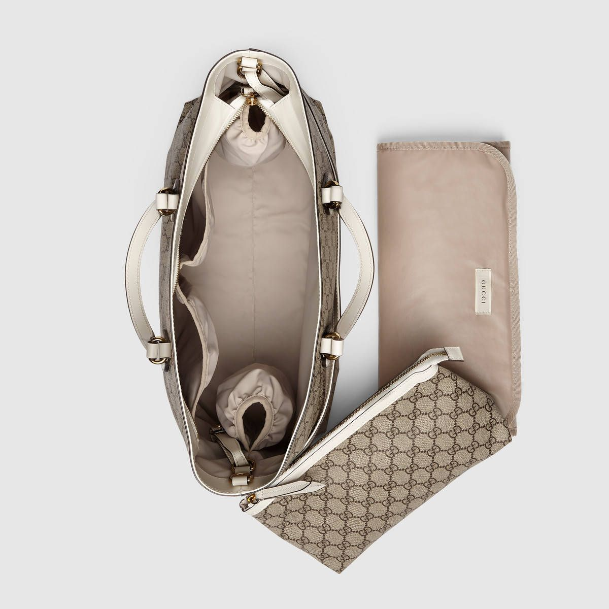7a122988638e Gucci Soft GG Supreme diaper bag Detail 3 | MOMMY & BABY BAGS ...