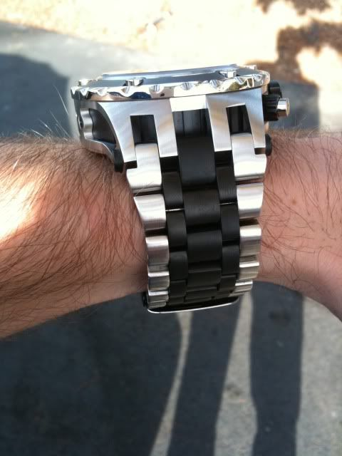 And if your watch doesnt fit like this......its really not a watch.