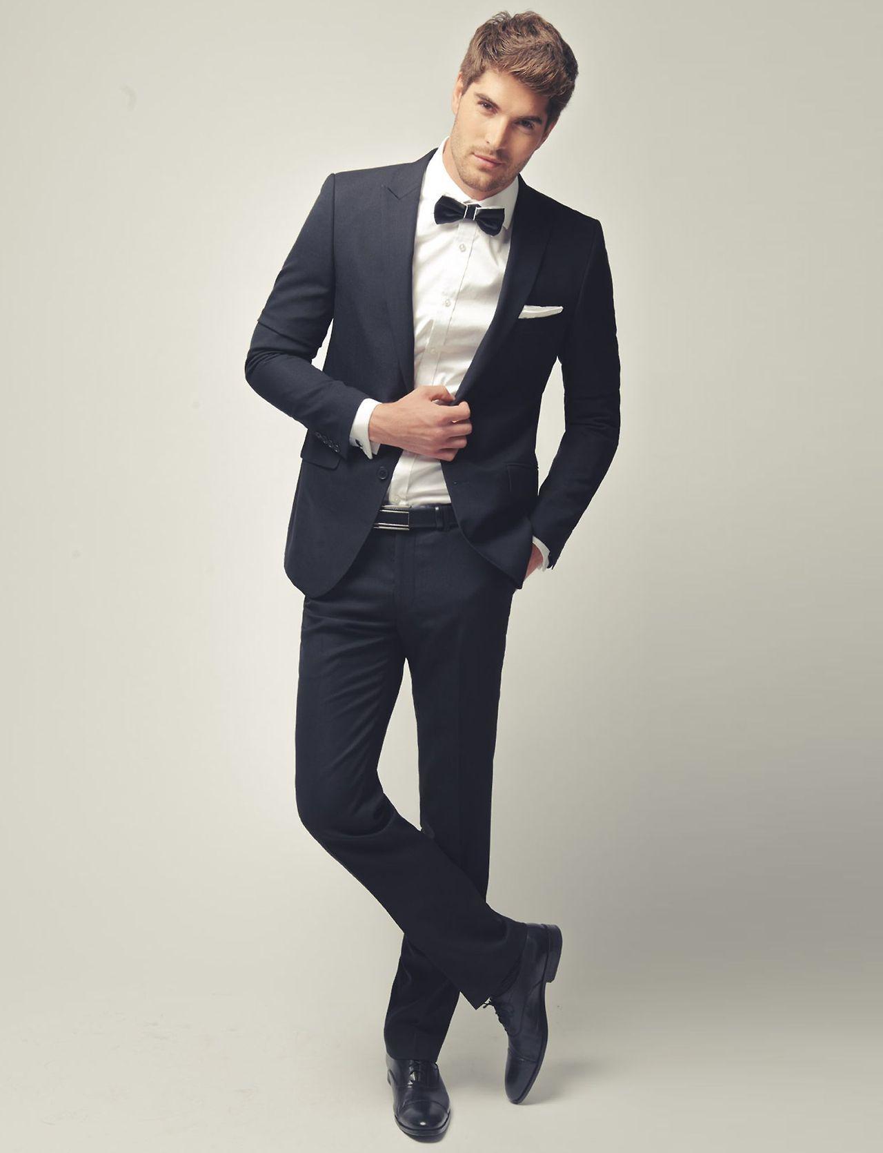 Nick Bateman. Bow tie