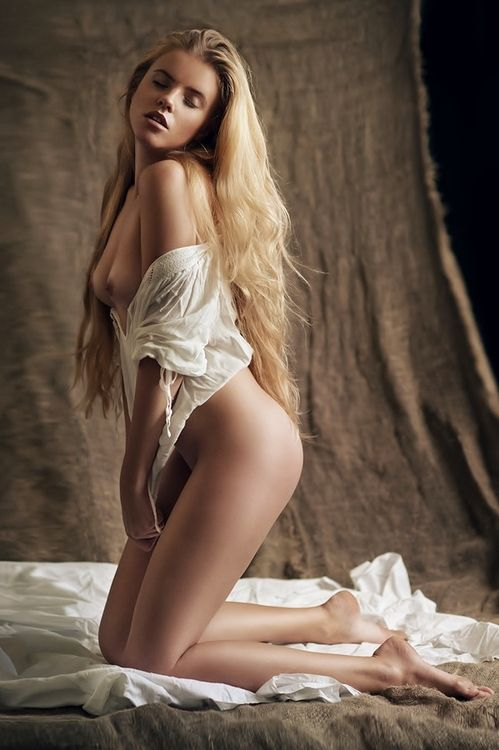 Nude girls with blonde hair tumblr