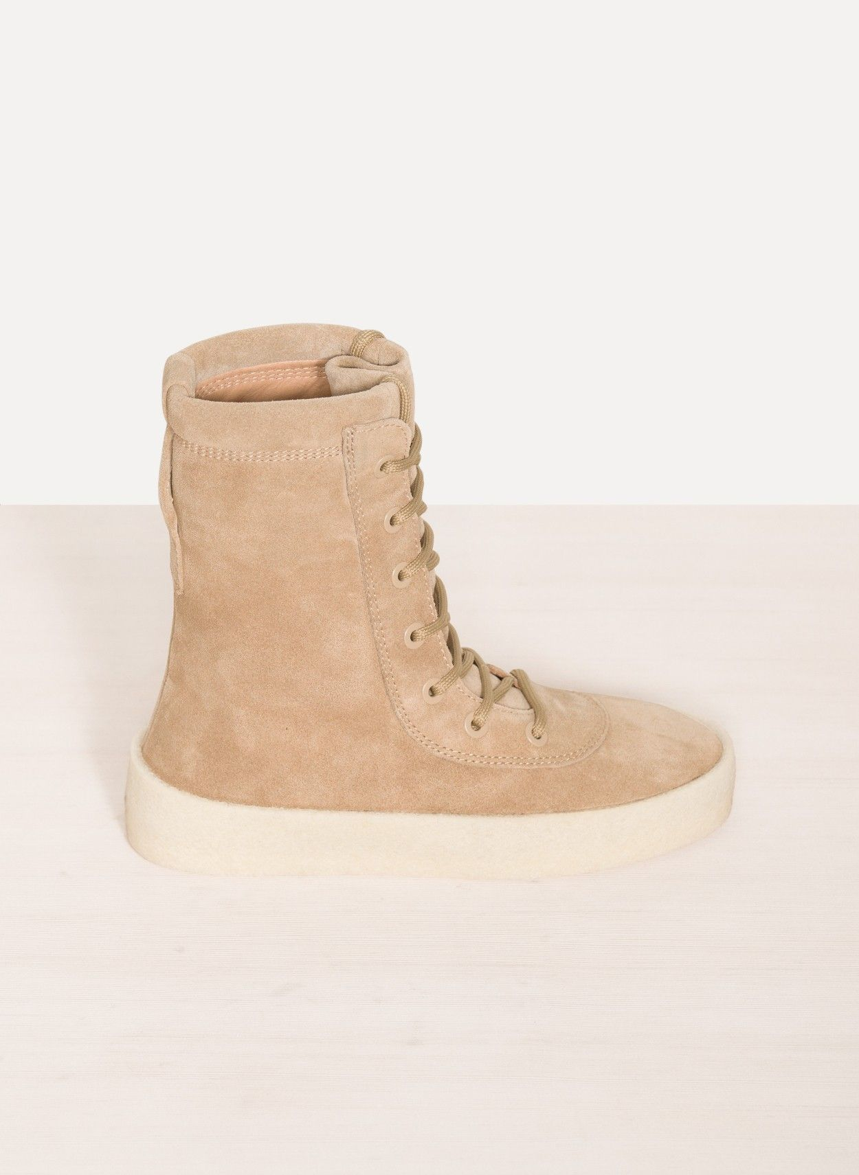 yeezy crêpe botte chaussures pinterest et bottes, chaussures et pinterest bottes de yeezy crêpe 56c43e
