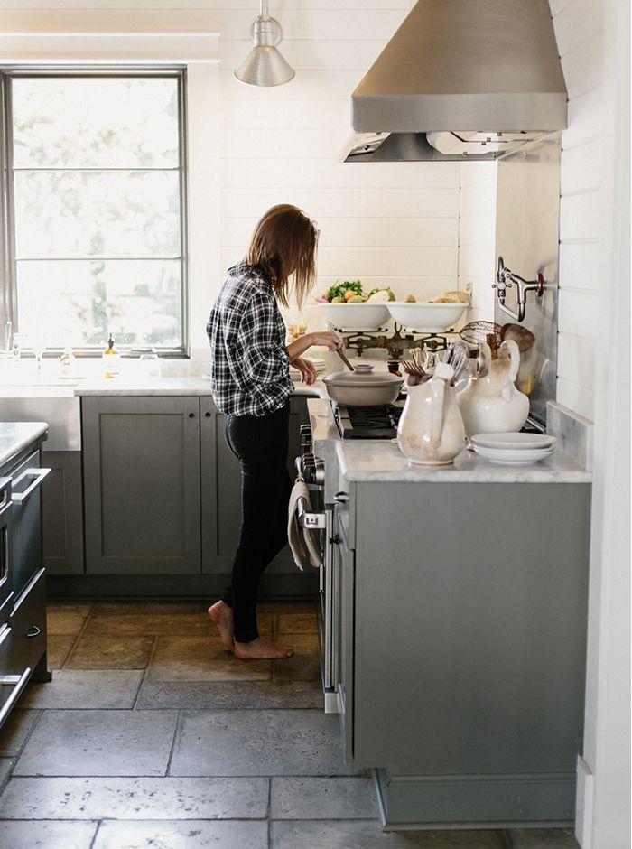 Intimate Kitchen Engagement Session Wedding Ideas Oncewed Com Kitchen Flooring Home Kitchens Farmhouse Kitchen