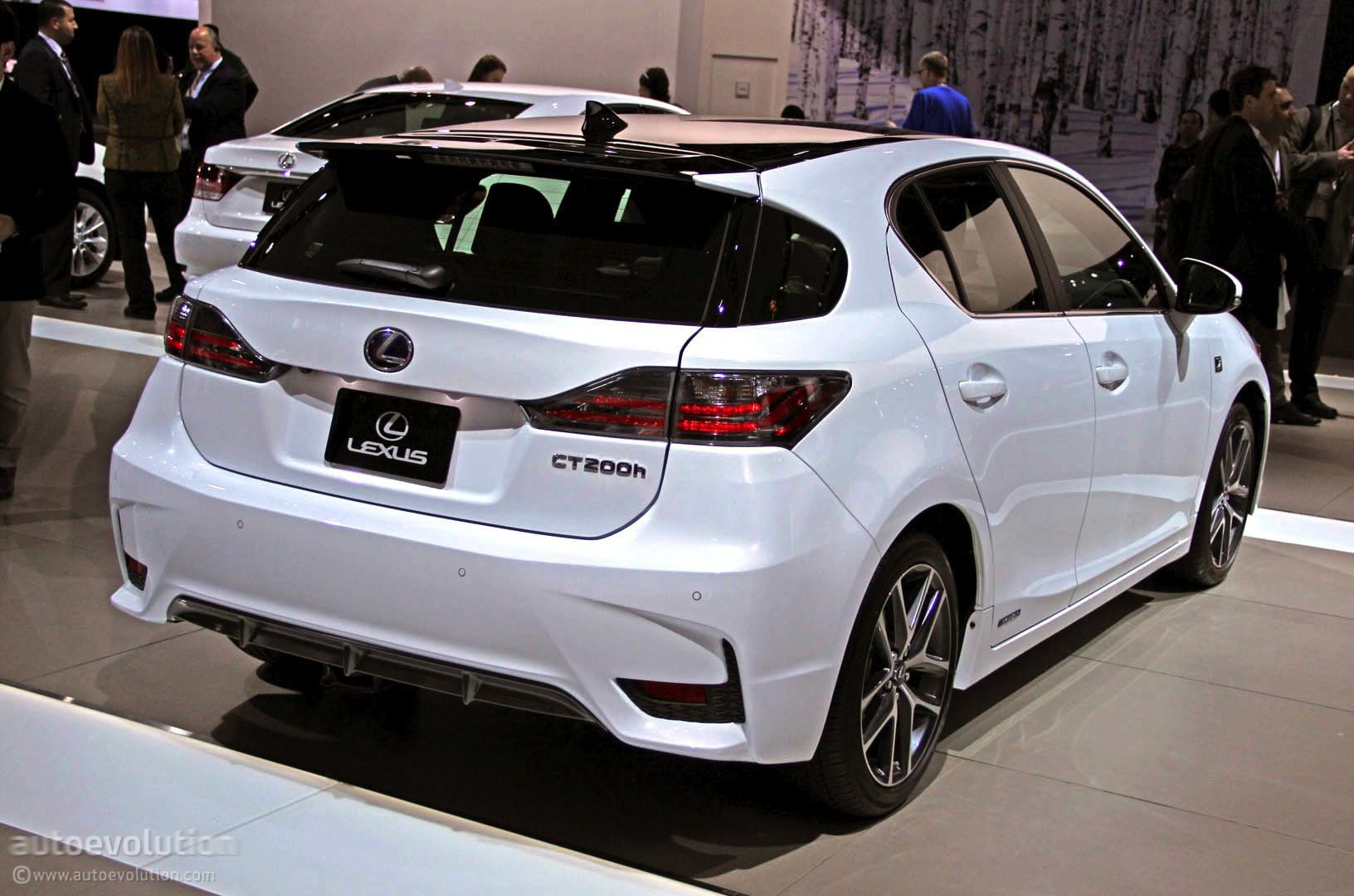 2014 lexus ct 200h rear on top 10 best gas mileage luxury cars