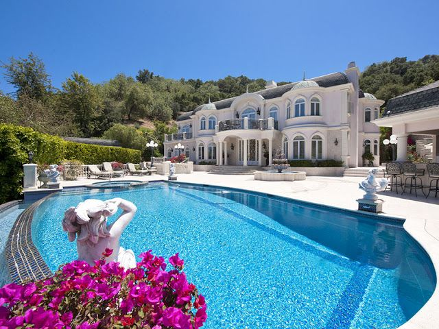 Passion For Luxury French Chateau In Studio City Los Angeles For Sale Mansions Dream Mansion Luxury Homes Dream Houses