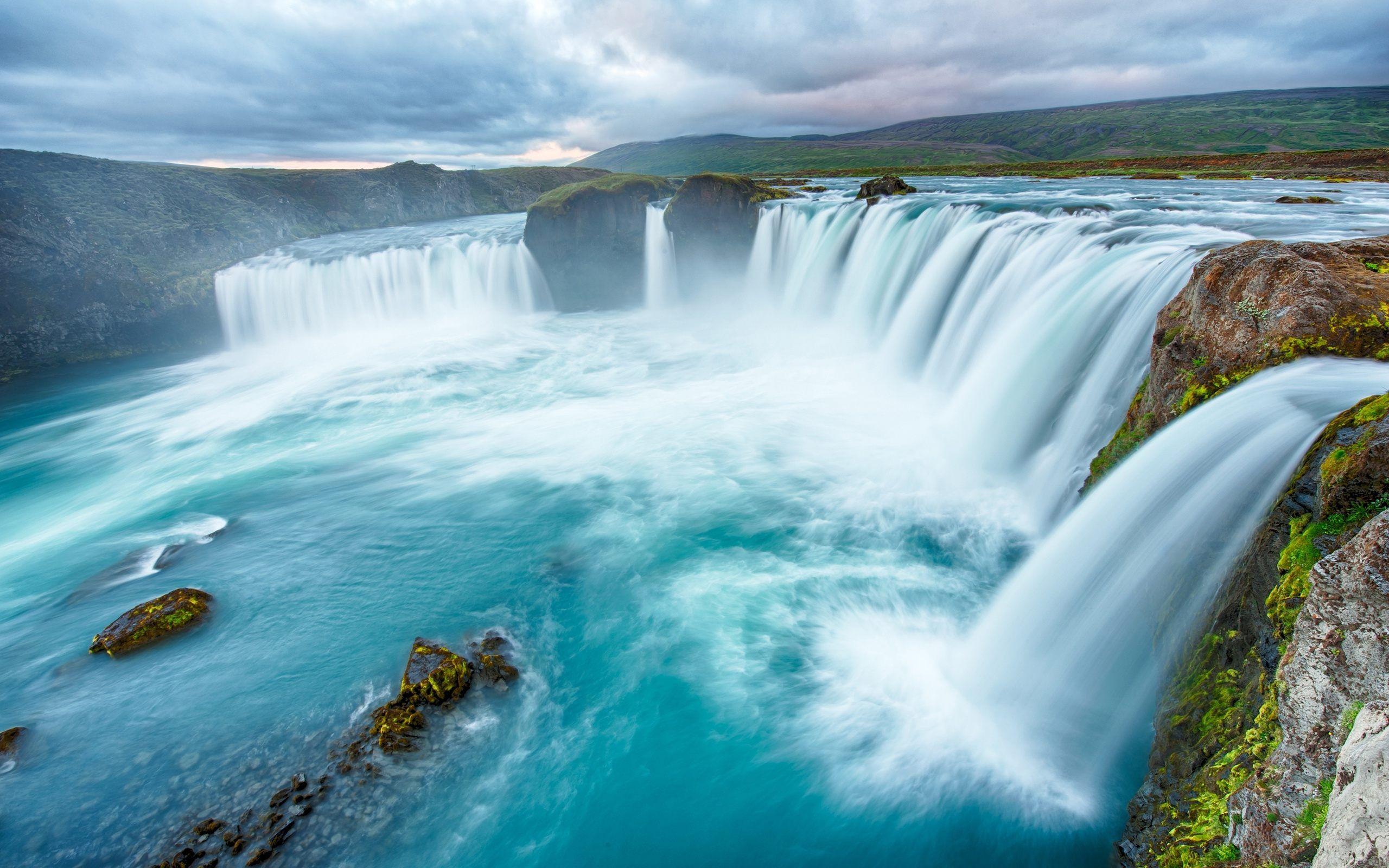Beautiful Waterfalls Hd Wallpaper For Desktop Mobile Beautiful
