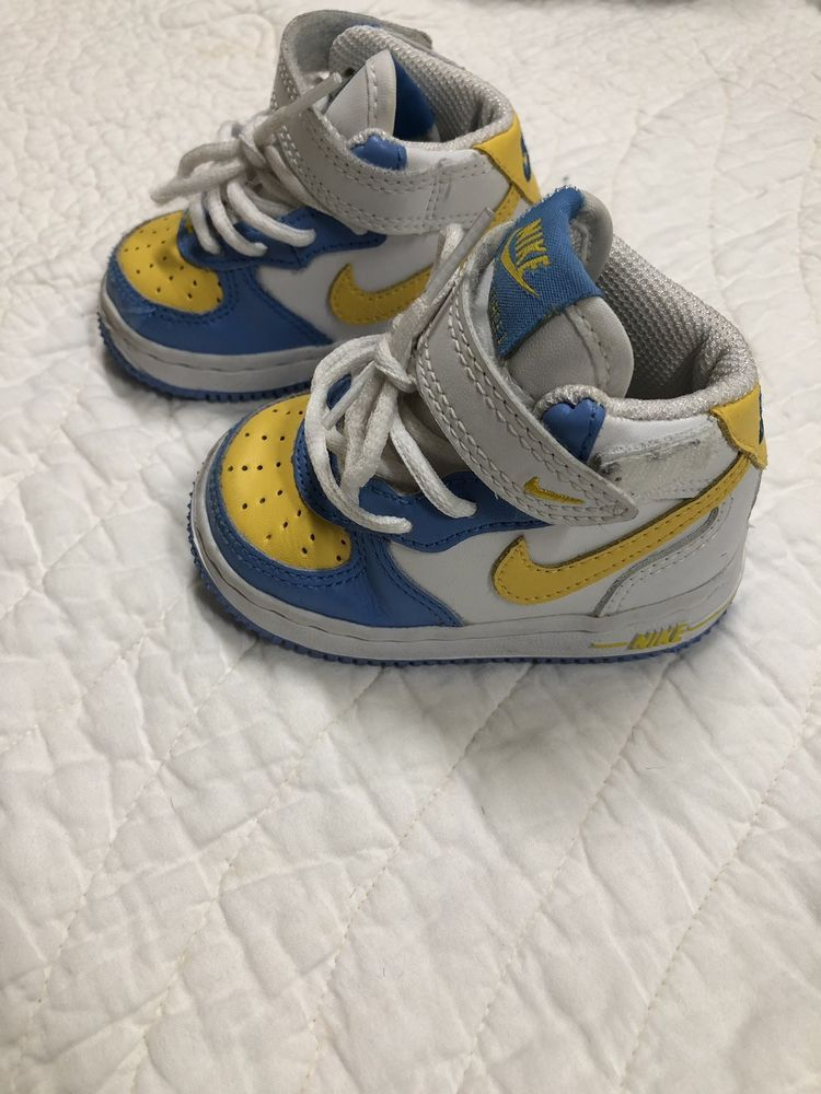NIKE!! Baby Boys 3C Baby Blue And
