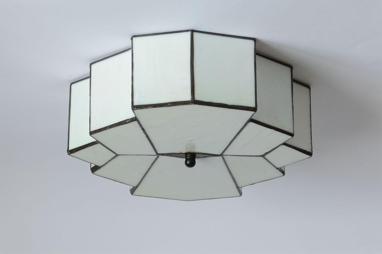 Art Deco Deckenleuchte Aus Perlmuttfarbenem Tiffany Glas Artdeco Lighting Ceilinglights Tiffany Lampe Tiffany Glas Leuchten Beleuchtung Decke