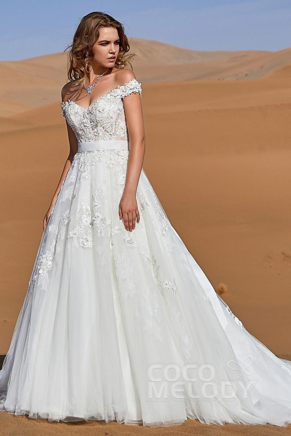 40 Affordable Wedding Dresses Wedding Dresses For Budget Brides In 2020 Wedding Dresses Casual Wedding Dress Wedding Dresses Corset