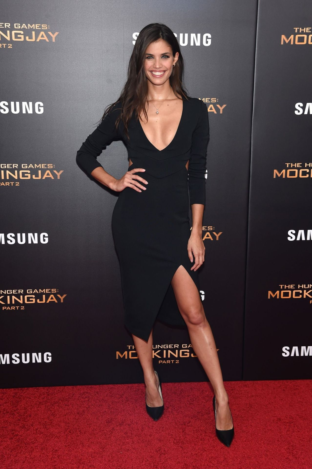 Sara sampaio at the premiere of the killing of a sacred deer in cannes nude (53 image)