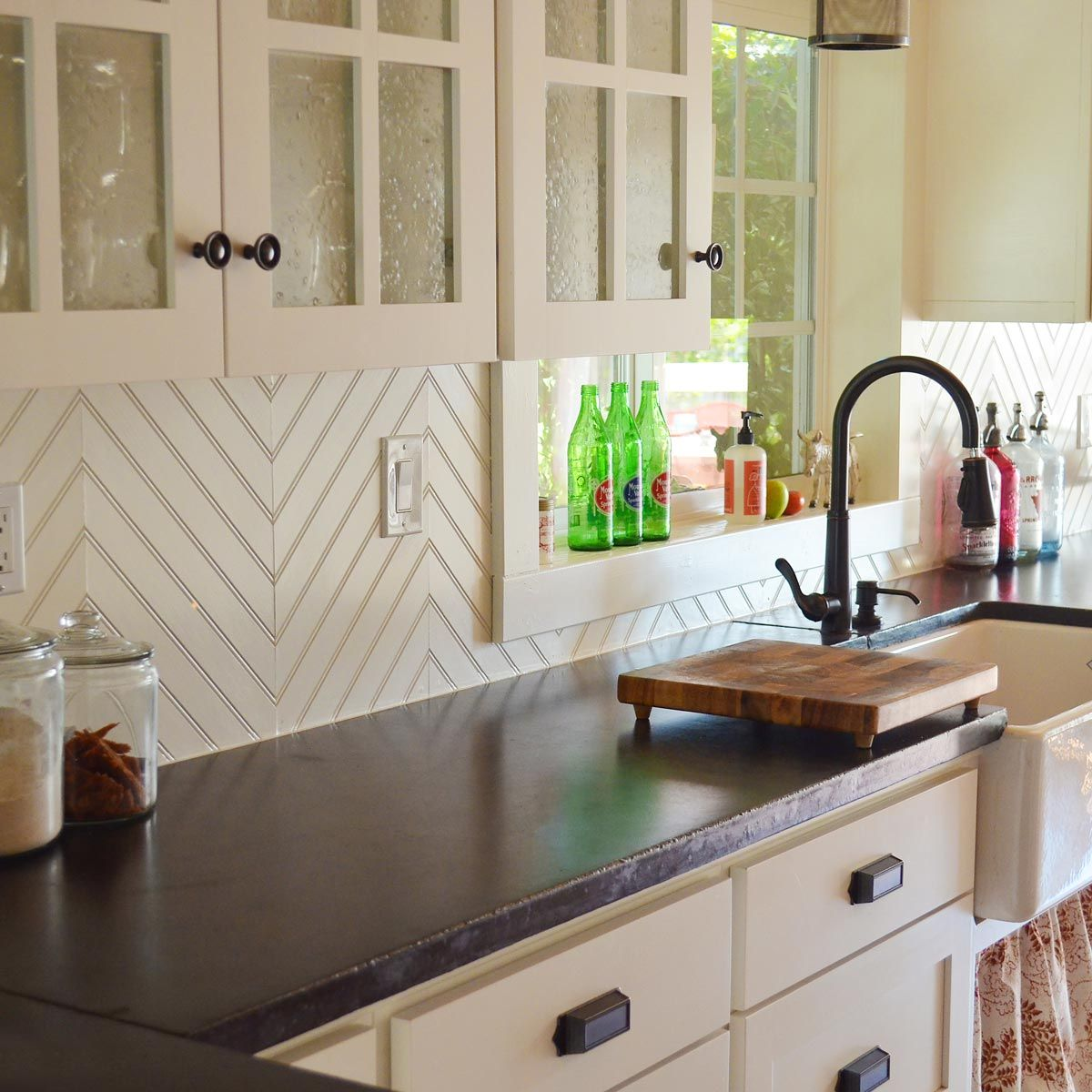 Family Handyman Watching The Latest Design Shows It Can Be Hard To Believe There Is A Unique Kitchen Backsplash Beadboard Kitchen Kitchen Backsplash Designs