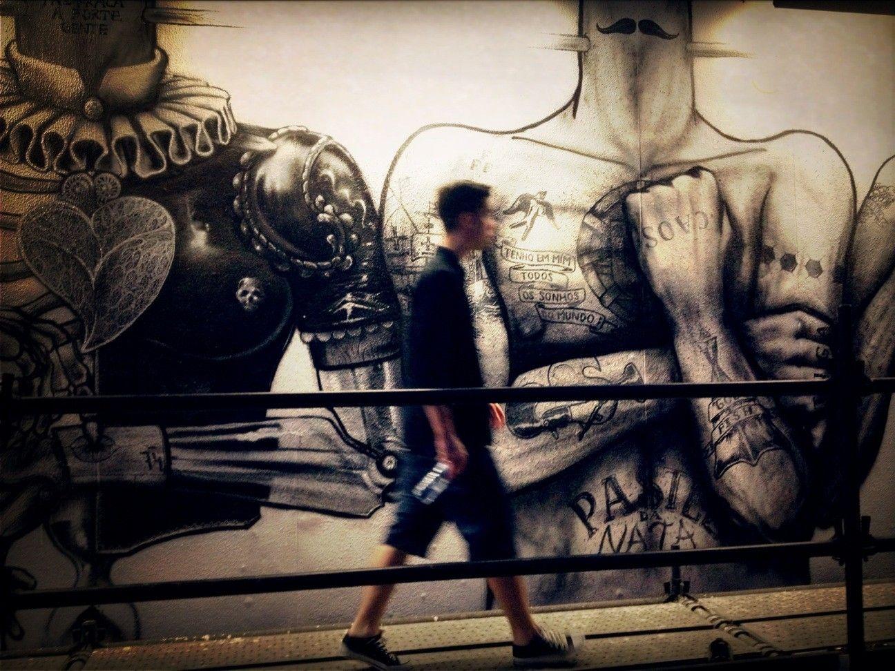 streetart at Miradouro de São Pedro de Alcântara - EyeEm