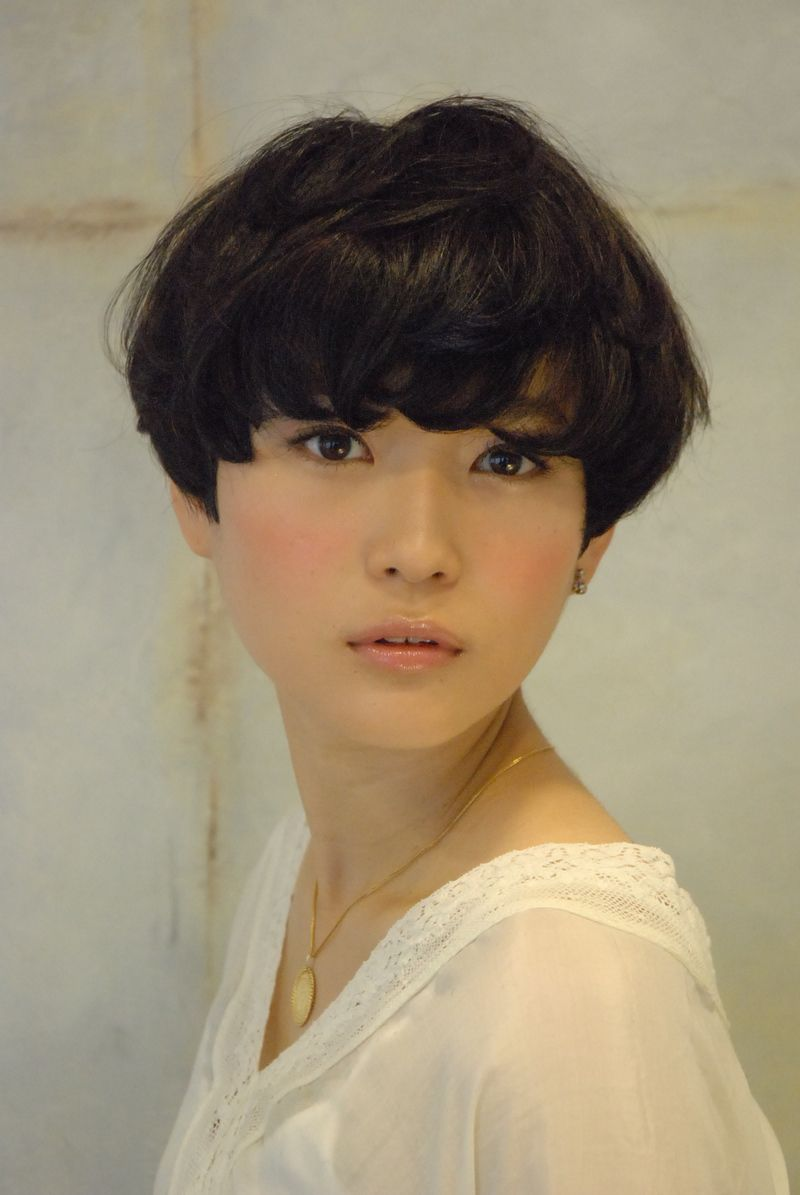 Image Result For Womens Shaggy Bowl Cut Perfect Hair Pinterest