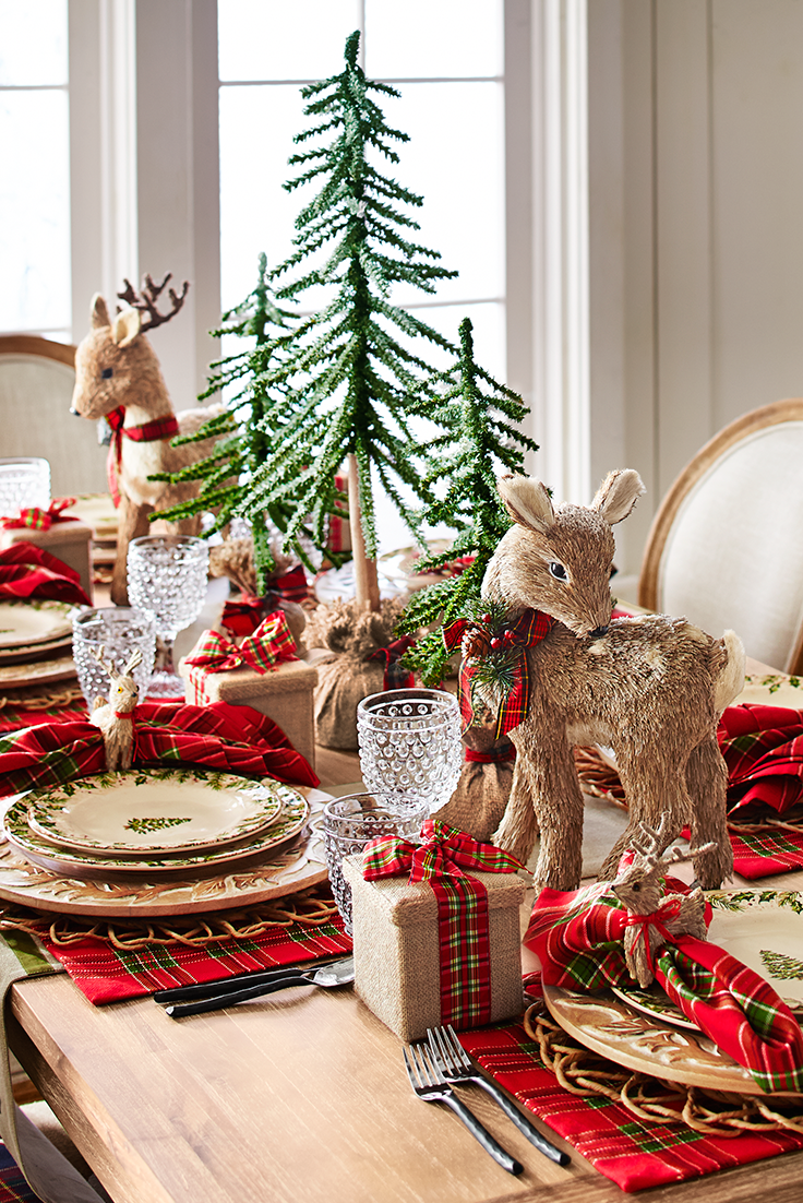 Country christmas table decoration ideas - Set A Pretty Christmas Scene With Our Winter S Wonder Dinnerware Surrounded By Natural Elements