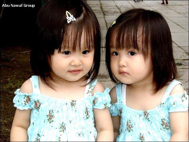 صور اطفال توائم صور اطفال شبه بعض صور بيبي توأم صور اطفال جميلة جدا صور اطفال اخوات صغار صور بيبي توئم صور اط Cute Twins Twin Girls Twin Baby Girls