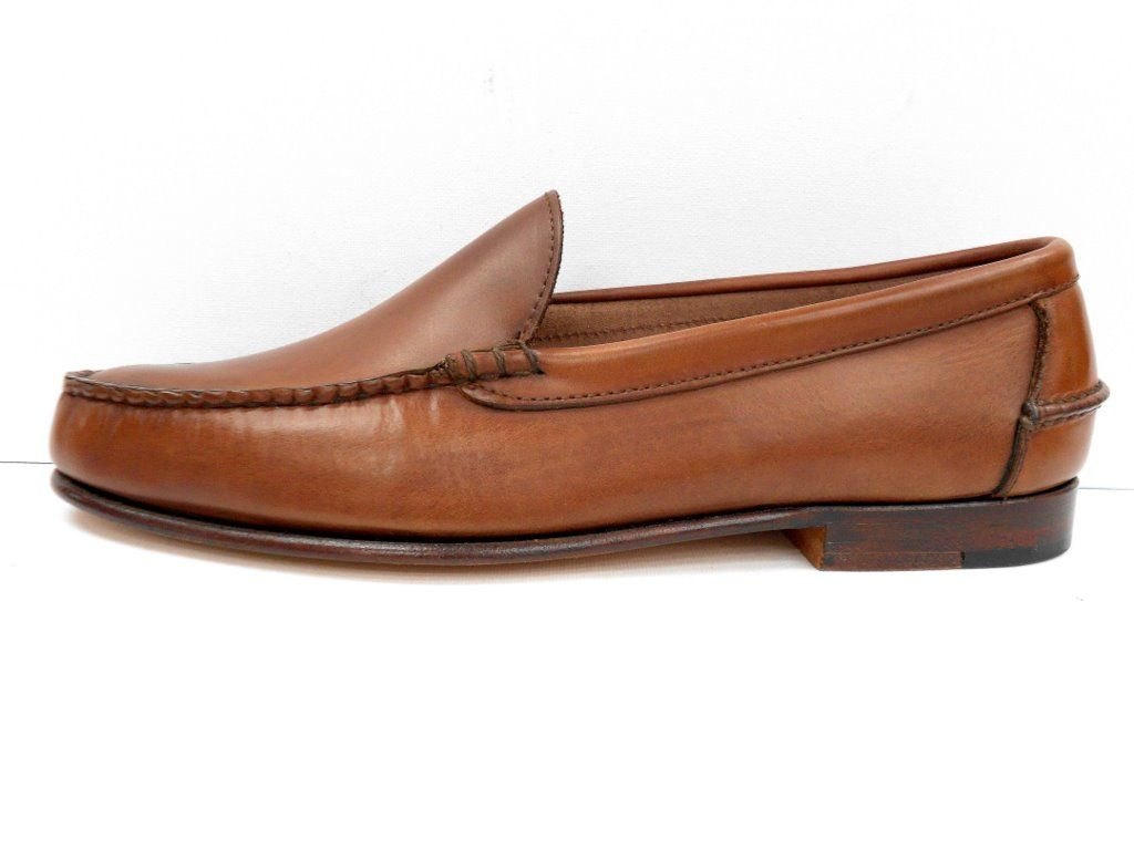 Sideview of the mohawk pennyloafers in tan calf pennyloafers