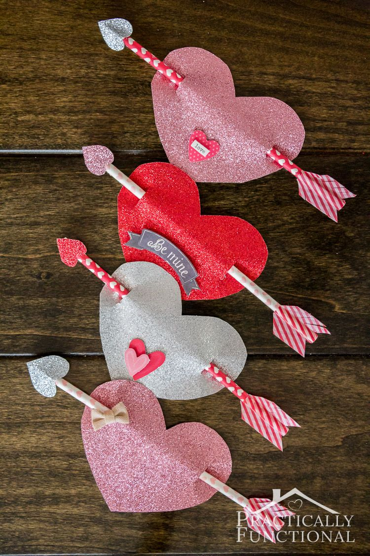 These Cupid's arrow valentines are so quick and easy to make, and they are great if you want to give non-candy valentines this year! (Or use Pixie Stix if you want a candy alternative)